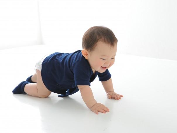 『徳島県から 本藍染の 産着』