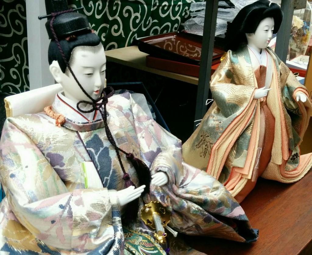 骨董市の雛人形
