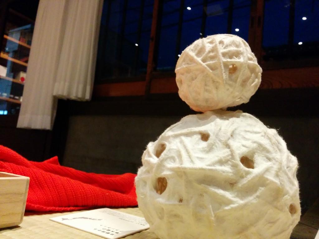 33_和紙ボールの雪だるま