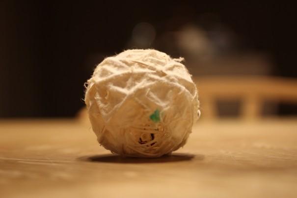 和紙のボール
