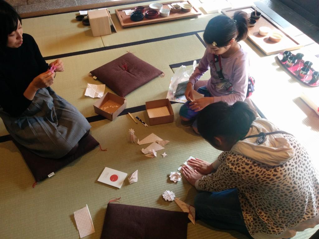 07_折り紙遊び