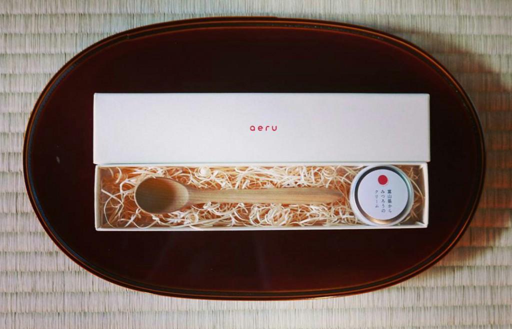 石川県から 朴の木の こぼしにくいスプーン