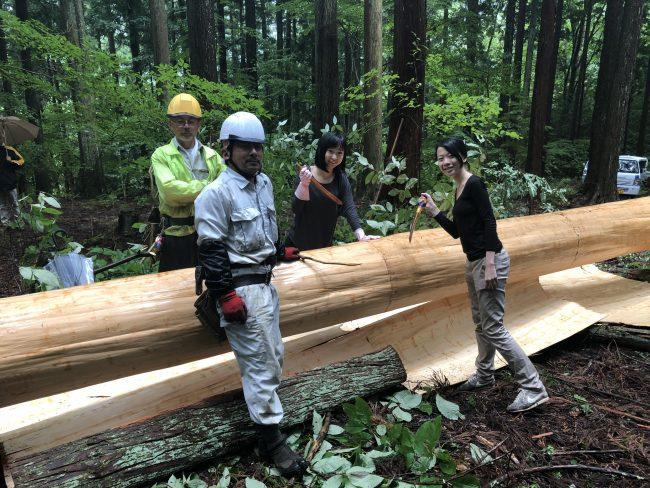吉野杉 杉皮体験の記念写真 奈良aeru room